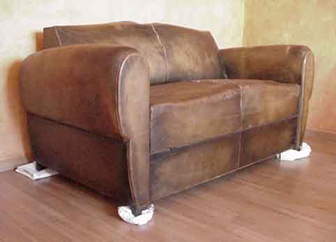 Le fauteuil le mus e for Canape club convertible cuir